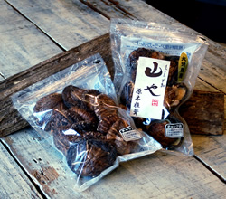 Roki dried shiitake mushrooms (KOHKO)